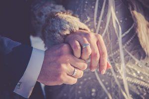 kan-en-vantro-kvinne-gifte-seg-med-en-muslimsk-mann